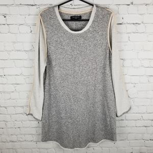 BY CORPUS   scoop neck long sleeve knit tunic top